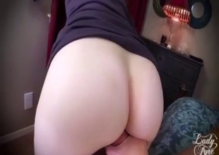 Quickie sex with redhead mother