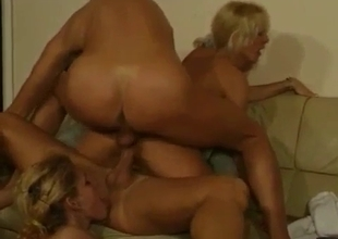 Hard threesome with round ass mom