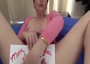 Mommy's pussy  is a perfect gift