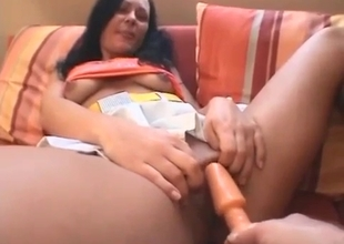 Tanned sister proves her naughtiness