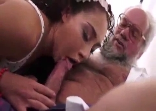 Teenster stepdaughter fucks an old father