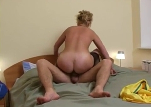 Refreshing incest experience with mom