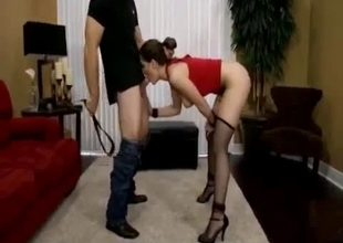 Daughter deep throats on her knees